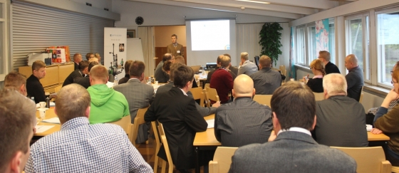 Kimmo Yli-Kokko giving his presentation
